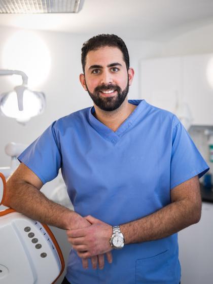 Dr. Darawsheh Ali Farid - Fogszabályozó szakorvos